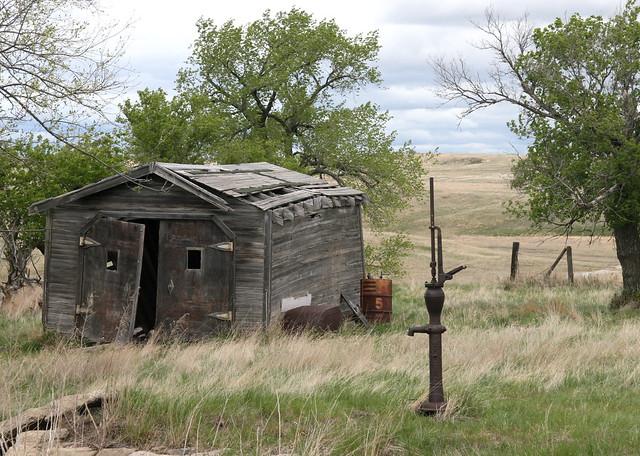 Abandoned Garage | Flickr - Photo Sharing!