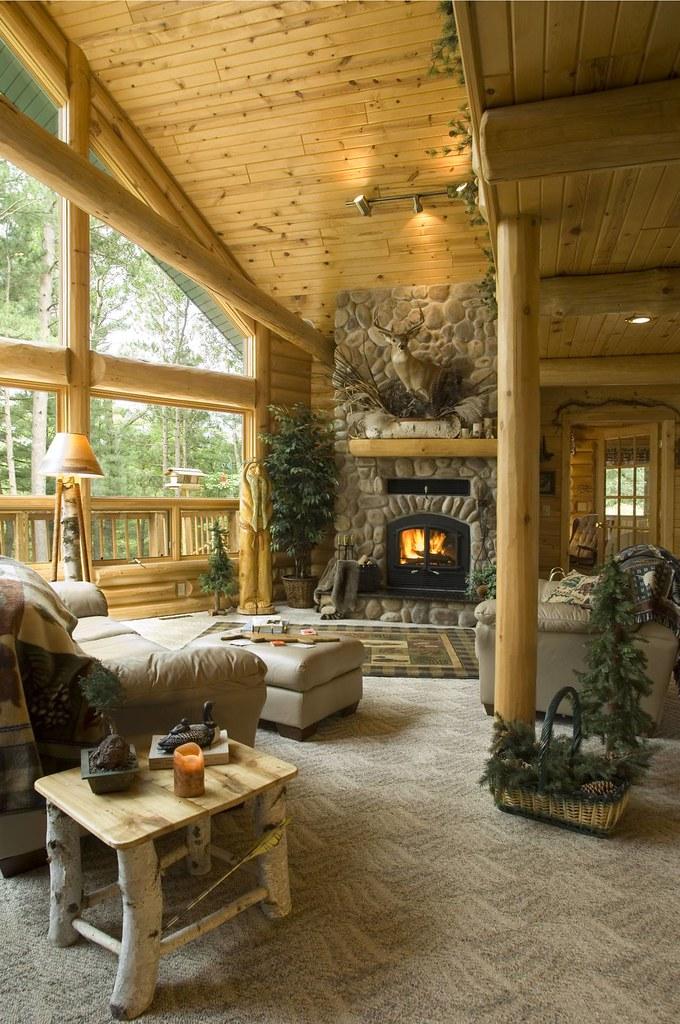 Exterior: Log Cabin By Golden Eagle Log Homes