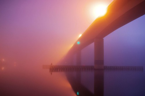 longexposure bridge light reflection fog night lowlight darkness daytonabeach seabreeze halifaxriver
