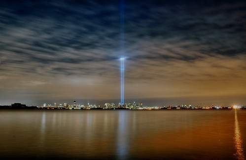 nyc newyorkcity newyork geotagged lights newjersey memorial jerseycity 911 tribute hdr tributeinlight mudpig stevekelley