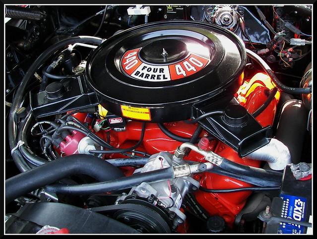 440 cubes of mopar motor