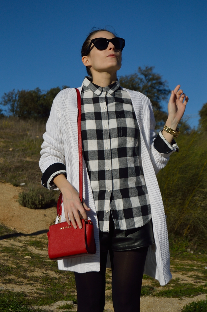 lara-vazquez-madlula-blog-style-fashion-black-white-red-look