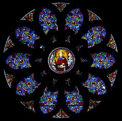 window(0.0), psychedelic art(0.0), pattern(1.0), symmetry(1.0), kaleidoscope(1.0), design(1.0), circle(1.0), illustration(1.0), stained glass(1.0),