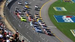 grand prix motorcycle racing(0.0), bicycle racing(0.0), soccer-specific stadium(0.0), cycle sport(0.0), formula one(0.0), racing(1.0), sport venue(1.0), vehicle(1.0), sports(1.0), race(1.0), race of champions(1.0), motorsport(1.0), race track(1.0), stadium(1.0),