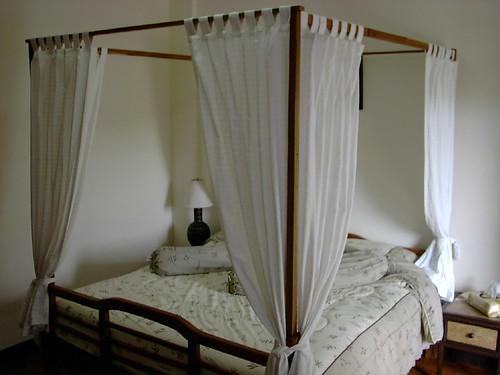 himmelbetten und ihre geschichte. Black Bedroom Furniture Sets. Home Design Ideas