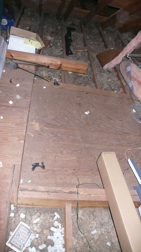 Removing a kitchen wall with your help doityourself for Floor 4 do not remove