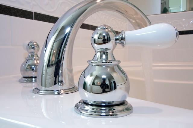 Thay thế thiết bị vệ sinh cũ mang lại cảm giác sử dụng mới tốt hơn.
