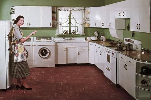 Classic interior design 50 39 s kitchen with style best for 50s style kitchen cabinets