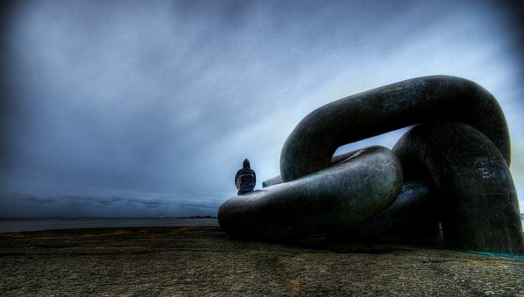 Broken Chain By Amundn