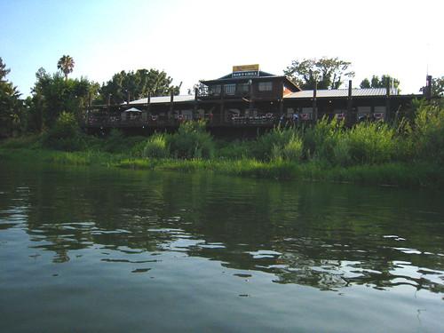 reflection water river kayaking norcal paddling redbluff sacramentoriver riversidebargrill