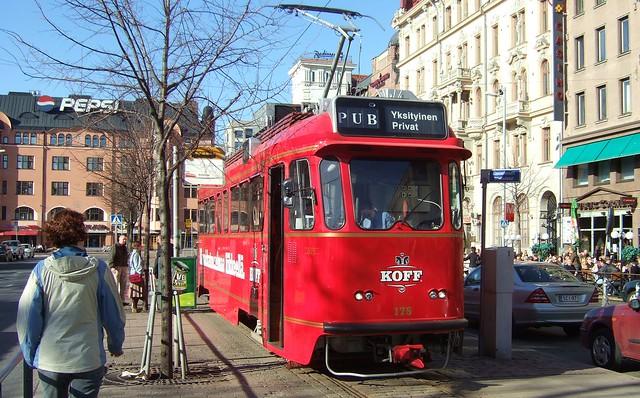 Tranvía-bar Koff en Helsinki