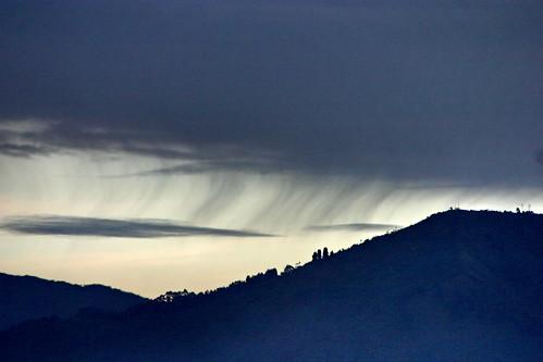 cloud sunrise lluvia colombia amanecer medellin nube antioquia