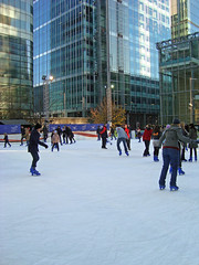 Canary Wharf: Ice Skating at Canary Wharf
