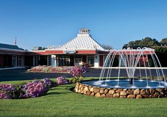 Cape Codder Resort in Hyannis New Year Eve weekend packages