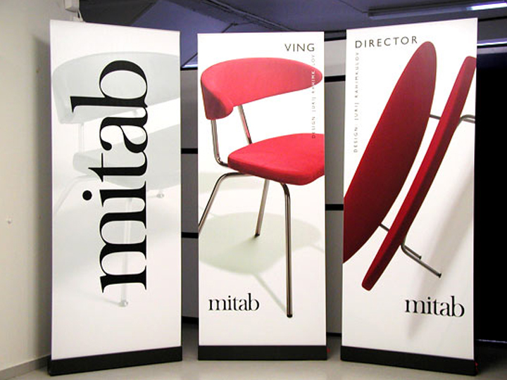 Challenger Model Banner Stands  - Chicago