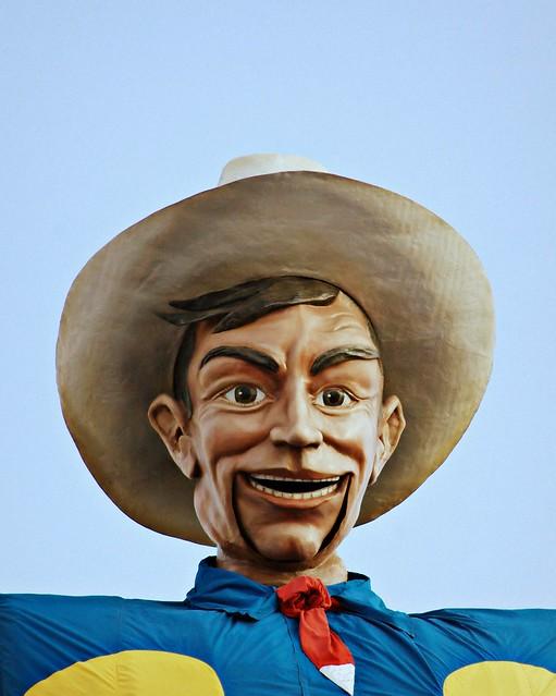 Howdy Folks Flickr Photo Sharing