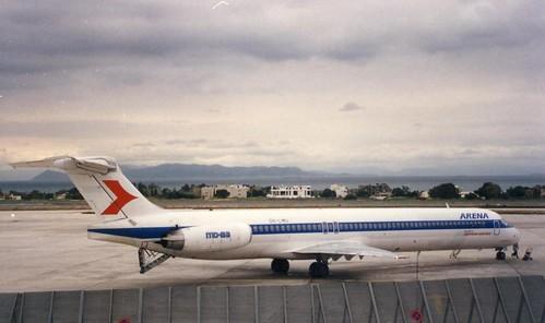 FINNAIR-AUSTRIAN- ARENA MD-83 OH-LMU(cn1630)