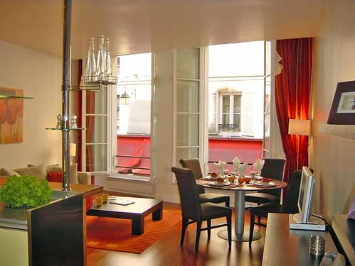 Spacious studio/one bed for sale on rue de la Harpe