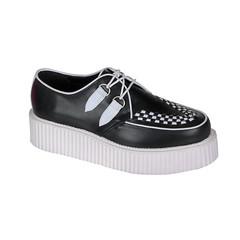 cross training shoe(0.0), walking shoe(0.0), tennis shoe(0.0), running shoe(0.0), athletic shoe(0.0), outdoor shoe(1.0), sneakers(1.0), footwear(1.0), shoe(1.0), leather(1.0), skate shoe(1.0),