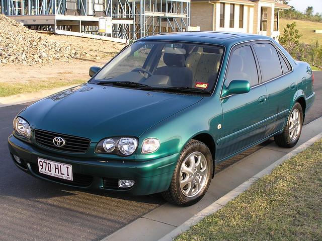 Corolla (E110) - Toyota