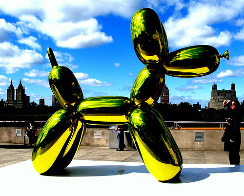 Jeff Koons, Balloon Dog, Met, New York