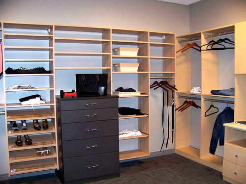 Diy Home Decor Turn A Spare Bedroom Into The Closet Of Your Dreams