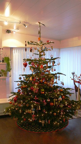 weihnachtsbaum dekoration von kirsten und. Black Bedroom Furniture Sets. Home Design Ideas