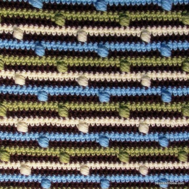 Free-Pattern-Joseph's-Puff-Stitch-Crochet-Blanket