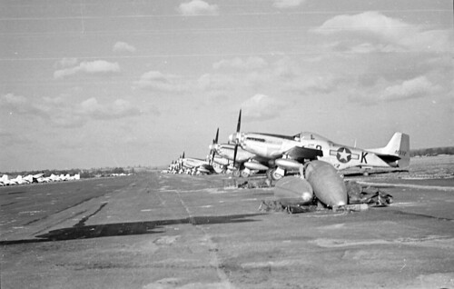 P51s parked 34 04