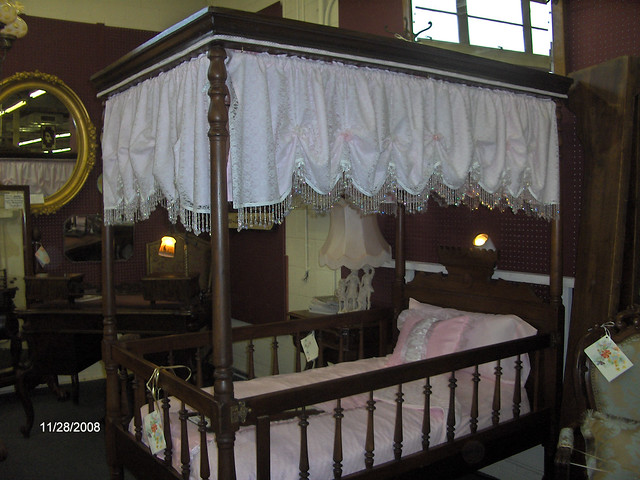 Canopy Bed Antique - Compare Prices Including Queen Off-white