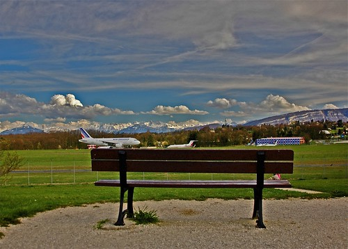 blue sky white france mountains green clouds photoshop plane bench airplane switzerland airport suisse nikond70 montblanc banc ferney vin60