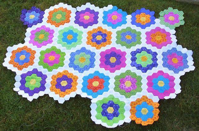 Grandmother 39 S Flower Garden Quilt Flickr Photo Sharing
