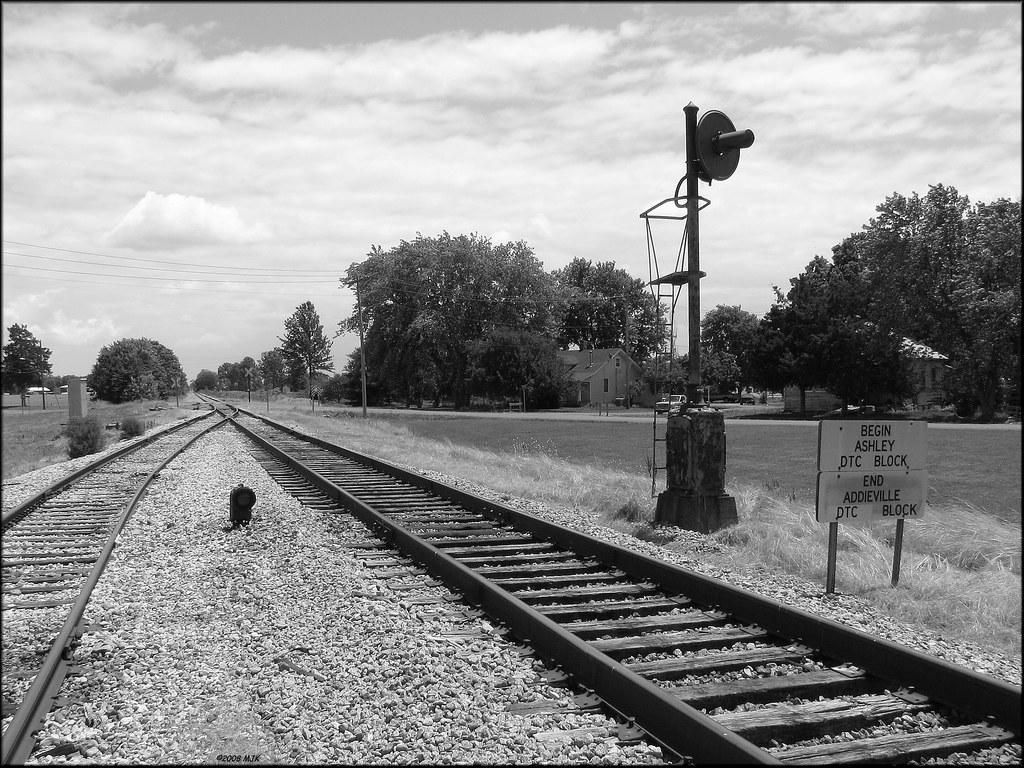 Old Signals at Addieville, Illinois