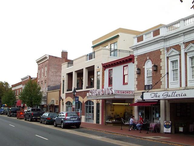 caroline street in fredericksburg va flickr photo sharing. Black Bedroom Furniture Sets. Home Design Ideas