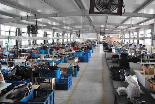 Luggage factory, Wenzhou