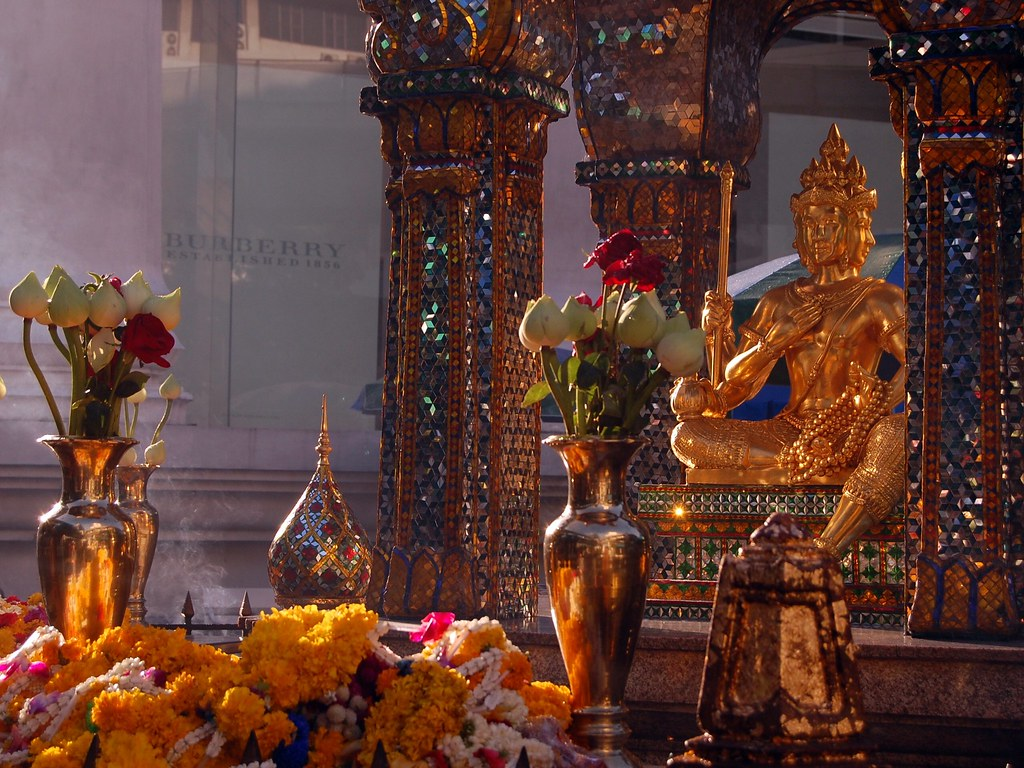 Erawan Shrine (Bangkok, Thailand)