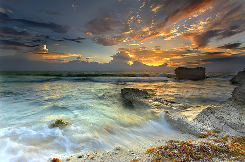 ocean travel sea wallpaper vacation sky seascape beach gulfofmexico clouds sunrise landscape mexico paradise searchthebest hurricane wave atlantic 5d cancun islamujeres quintanaroo 1740l topf1000