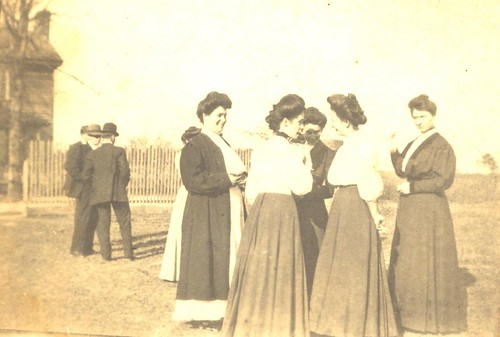 Casey Sisters and Friends in North Carolina around 1900