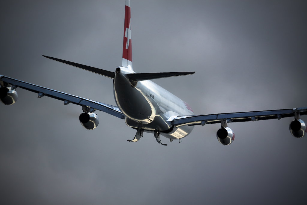 Airplane Flight (Swiss)