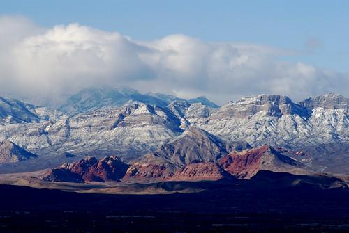 redrockcanyon snow mountains view lasvegas stripes nevada valley henderson