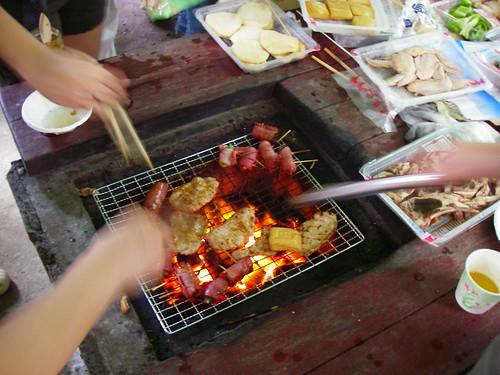 中秋烤肉。AngeloSu攝。