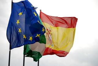 Banderas de la UE y España