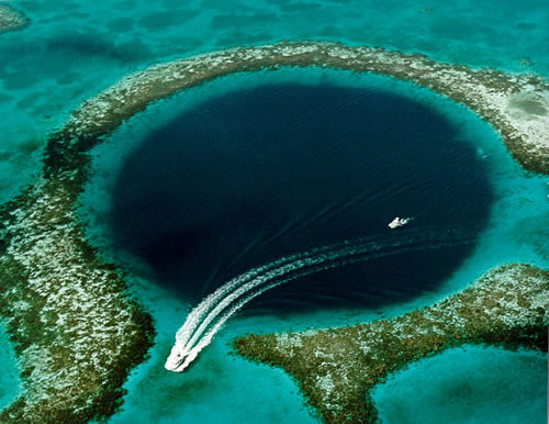 Great Blue Hole Belize 1