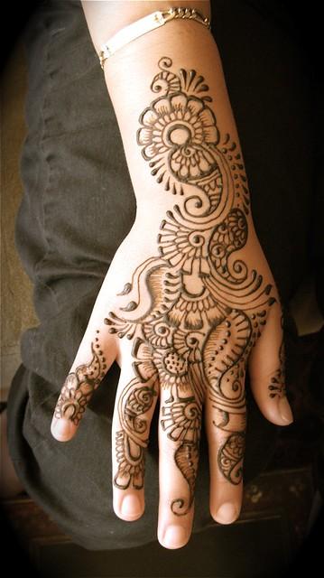 lupe's hand henna