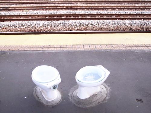 [台中车站]装置艺术:马桶