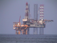 petroleum, drilling rig, jackup rig, offshore drilling, semi-submersible, oil field, oil rig,