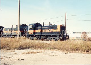 Eastbound Indiana Harbor Belt transfer train. Alsip Illinois. Late October 1990. by Eddie from Chicago