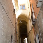 Castello - Alley arch