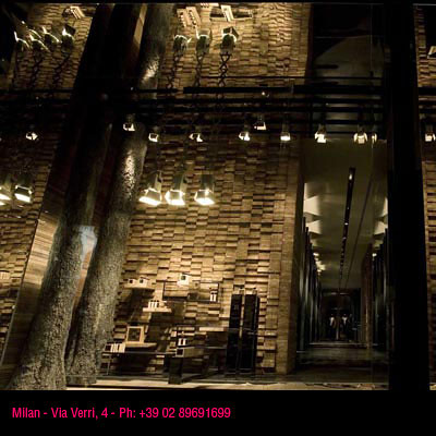 ... Dsquared2 Milan store  0fb7046ad589