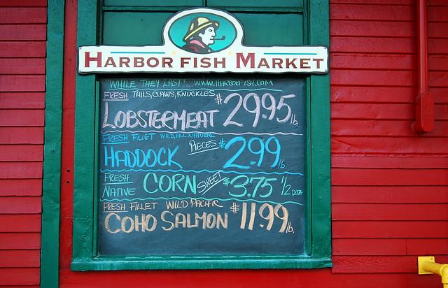 Sign for harbor fish market flickr photo sharing for Harbor fish market